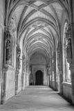 托莱多-莫纳斯特里奥圣胡安de los国王的圣约翰雷耶斯或修道院哥特式心房  库存图片