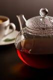 托起茶壶白色 库存图片