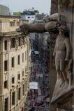 维托里奥Emanuele大道在米兰 库存图片