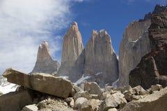 托里斯在托里斯del潘恩国家公园的del潘恩,智利巴塔哥尼亚,智利 免版税库存图片