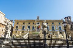 执政官喷泉Fontana比勒陀利亚在巴勒莫在西西里岛, 免版税库存照片