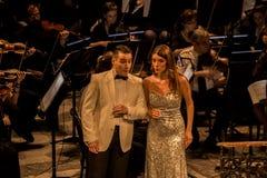 执行唱腔的年轻歌剧歌手在国家戏院在贝尔格莱德 图库摄影