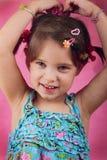 执行头发的婴孩她自己 库存图片