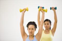 执行妇女锻炼 免版税库存照片