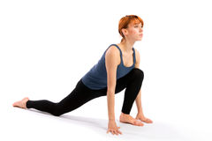 执行实践的女子瑜伽 免版税库存图片