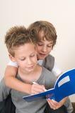 执行家庭作业 库存图片