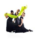 执行年轻人的舞蹈演员 免版税库存照片