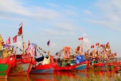 执行的传统小船  免版税库存图片