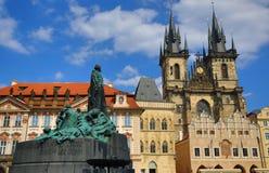 扬・胡斯,国家肖像馆,老大厦,老镇中心,布拉格,捷克的纪念碑 免版税库存图片