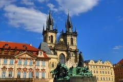 扬・胡斯,国家肖像馆,老大厦,老镇中心,布拉格,捷克的纪念碑 免版税图库摄影