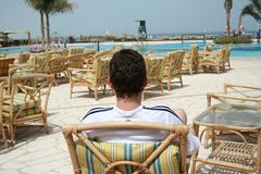 扶手椅子放松 免版税图库摄影