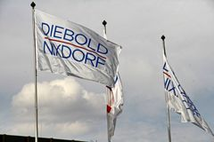 承购由美国公司Diebold的Wincor AG Nixdorf 免版税库存图片