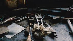 技工的Worktop -在桌上的工具 免版税图库摄影