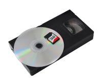 技术的发展:vhs卡式磁带CD的sd 免版税库存图片