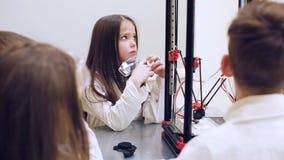 技术的研究在一所现代学校 影视素材