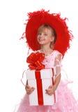 把礼品女孩帽子红色装箱 免版税库存照片