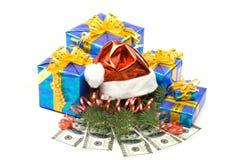 把礼品帽子货币红色s圣诞老人装箱 库存照片