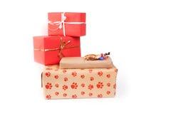 把礼品查出的白色装箱 免版税库存照片