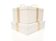 把礼品金子查出的丝带被堆积的白色&# 免版税图库摄影