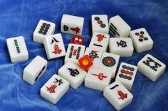把mahjong瓦片切成小方块 免版税库存照片