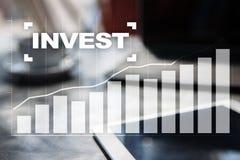 投资的回收投资 概念性财务增长图象查出的白色 技术和企业概念 图库摄影