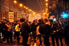 抗议反对总理维克托・蓬塔和罗马尼亚政府 库存照片