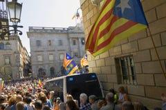 抗议召集自由和独立西班牙卡塔龙尼亚巴塞罗那 免版税库存图片