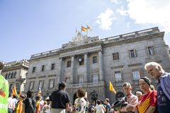 抗议召集自由和独立西班牙卡塔龙尼亚巴塞罗那 免版税库存照片