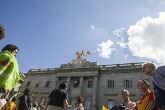 抗议召集自由和独立西班牙卡塔龙尼亚巴塞罗那 免版税图库摄影