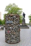 抗议石标导线容器石头,克赖斯特切奇 免版税库存照片