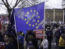 抗议者在反Brexit示范,伦敦,2019年3月时 免版税库存图片