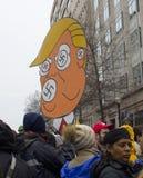 抗议者在唐纳德・川普` s就职典礼外面2017年 库存照片