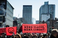 抗议者接管街道的 免版税库存图片
