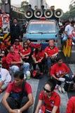 抗议者红色衬衣 免版税图库摄影