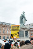 抗议者聚集了在Kleber方形的抗议的政府的pla 库存照片