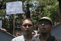 抗议银行顾客 免版税图库摄影