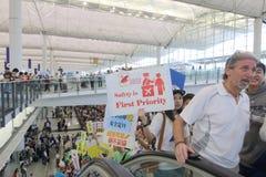 抗议首席执行官行李事件在香港机场 图库摄影