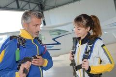 折为skydiving 免版税库存照片