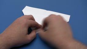 折叠纸飞机-时间间隔 股票视频