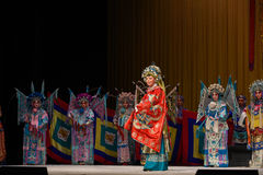"""折在你的装甲并且进入争斗北京Opera""""杨Family†的妇女将军 图库摄影"""