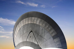 抛物面天线卫星通讯 免版税库存照片