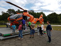 抢救直升机关闭 免版税库存照片