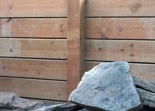 护墙由木头制成 免版税库存图片