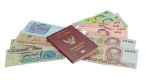 护照和货币 免版税库存图片