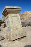 报亭leptis利比亚优秀大学毕业生市场一porticoes包围tholoi二 库存图片