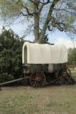 报道的老无盖货车西部 图库摄影