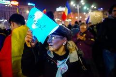 `抵抗从妇女,布加勒斯特,罗马尼亚的`消息 免版税库存照片