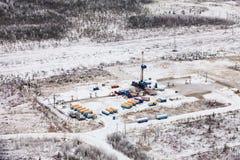抽油装置在冬天 库存图片