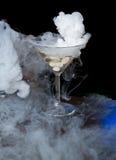 抽烟的冰鸡尾酒 库存照片