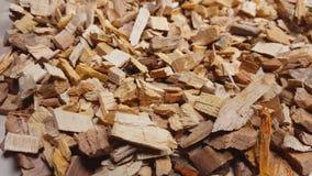 抽烟的木片或在桌上回收转动 影视素材